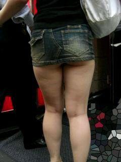 【尻】太い足にミニスカートその13【太もも】 [転載禁止]©bbspink.comfc2>1本 YouTube動画>7本 ->画像>986枚